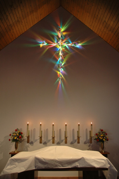 3425-Cross of Light – Christ Lutheran Church